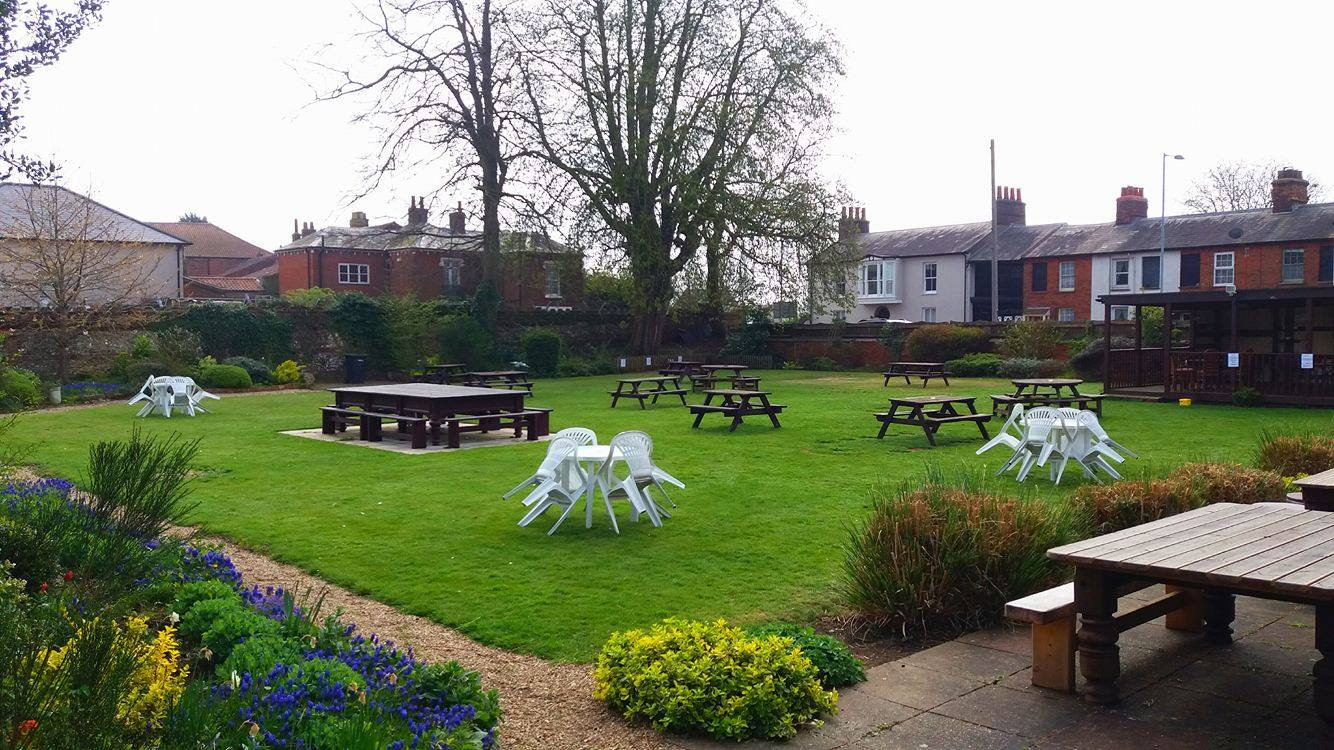 East Dereham, Beer Garden, Kings Head