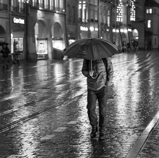 Im Schirm verstekt