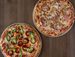 SMALL PIZZA COMBO - $22