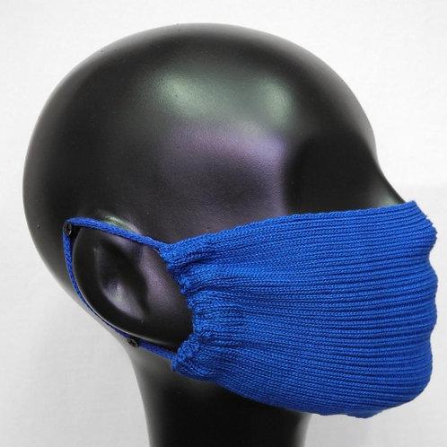 Máscara de tricô azul klein