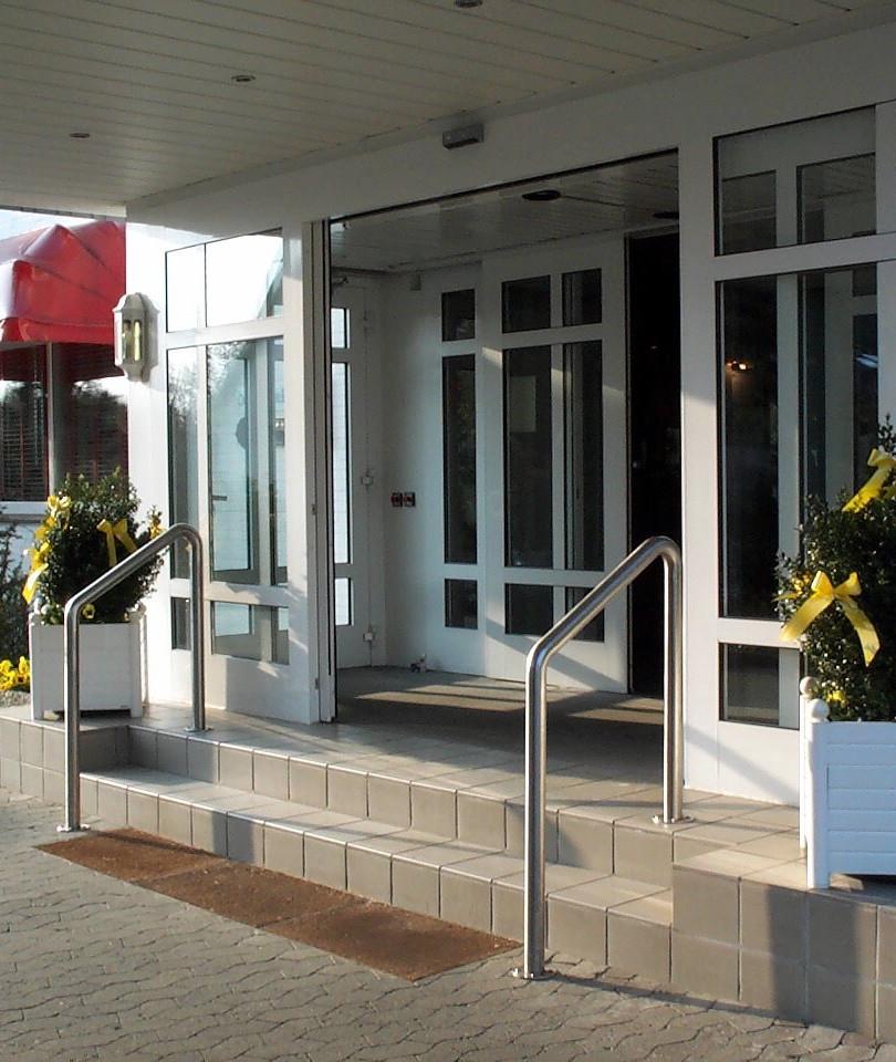 Der Eingang vom Hotel Kieferneck