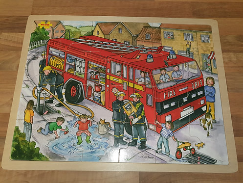 Big jigs fire engine wood puzzle