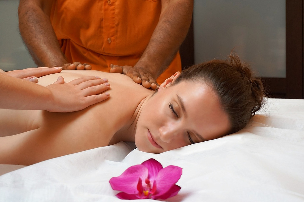 effets thérapeutiques d'un massage 4 mains