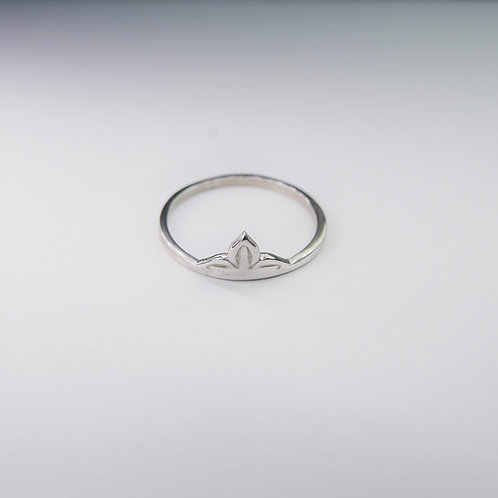 Anahita ring in silver