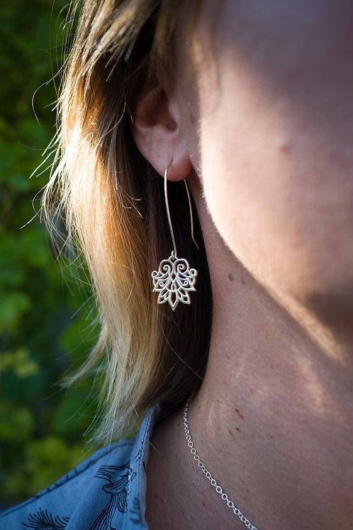 Anahita 1 earrings