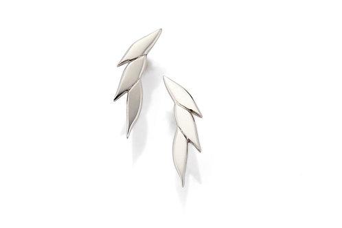Swoosh drop earstuds in silver
