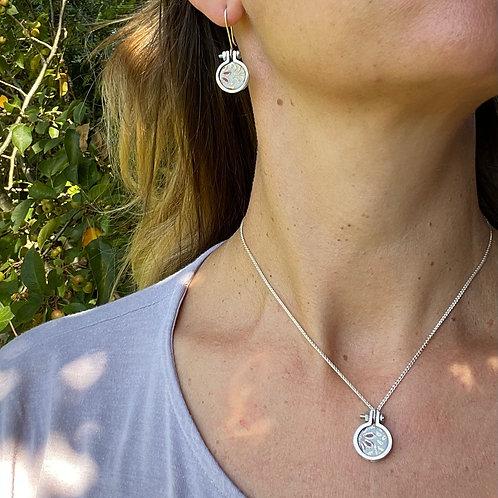 Hoop Remnant necklace
