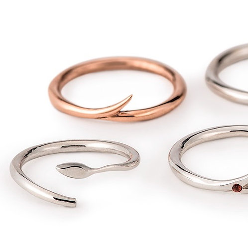 India Flick ring in 9ct rose or yellow gold