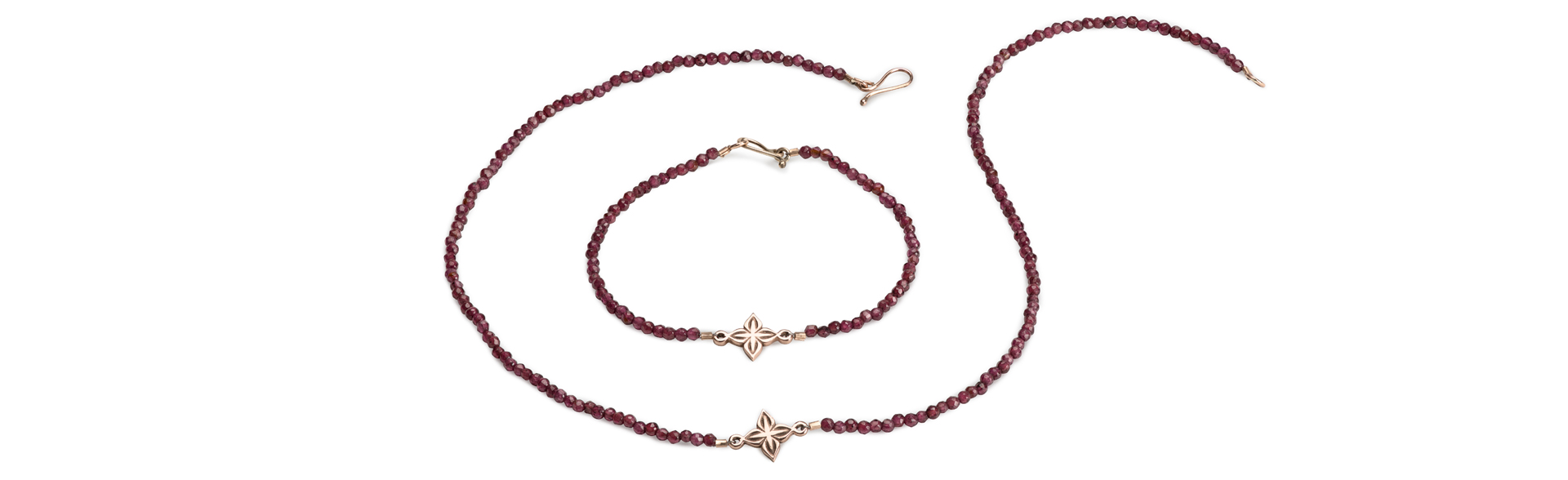 anahita-gold-garnet-necklace2