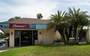 Jimmy's Of Santee Pet-Friendly Patio