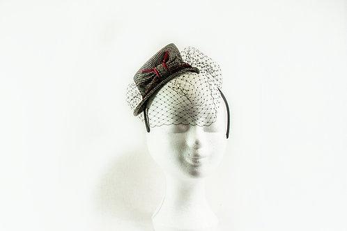 Tweed hooghoedje op een haarband