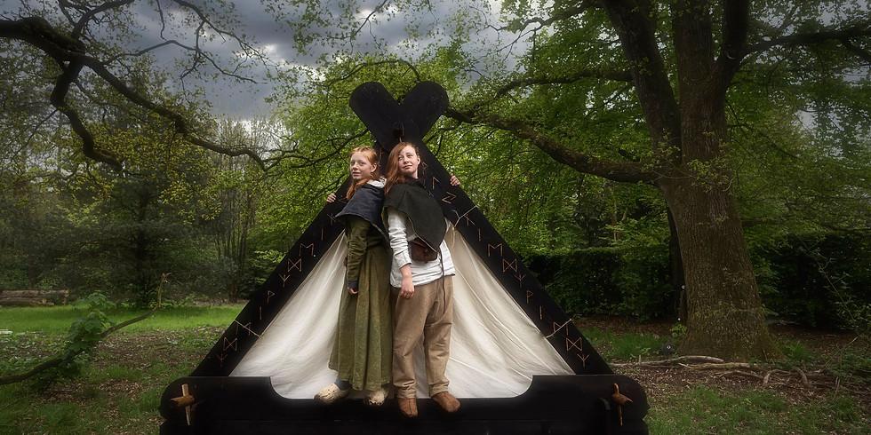 Fotoshoot met boswezens en Vikingers