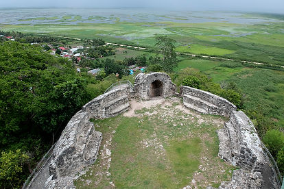 Benteng Otanaha (5)sm.JPG copy.jpg
