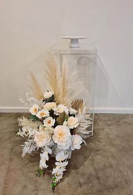 clear plinth