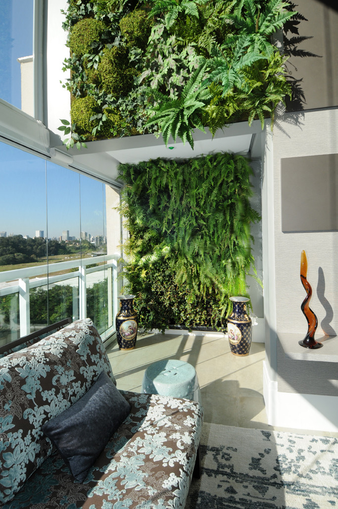 Plantas Artificiais Premium compõe a base superior e não precisam de manutenção