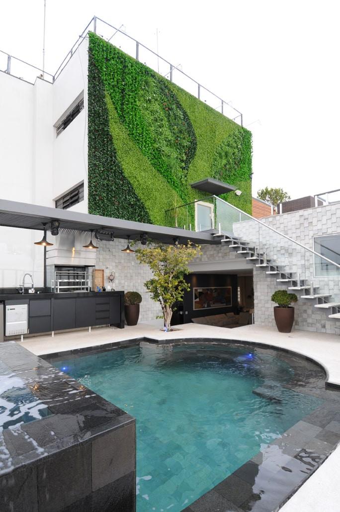 Parede Verde Artificial em cobertura de apartamento