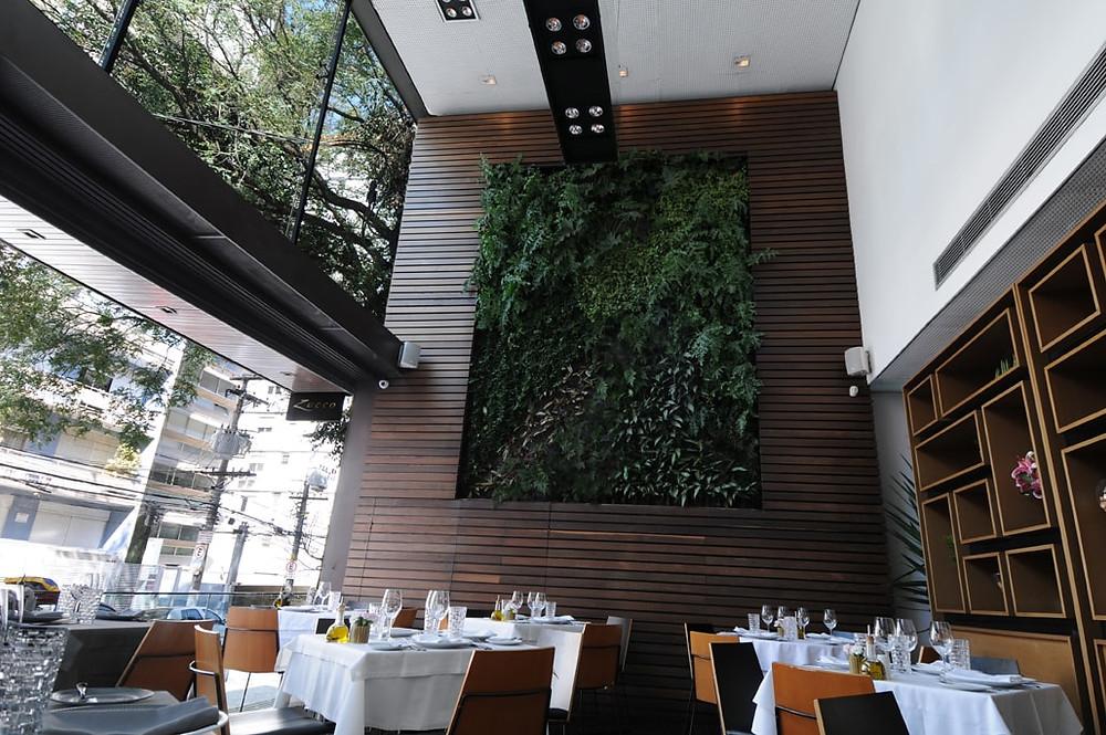 Projeto de Restaurante Jardim Vertical