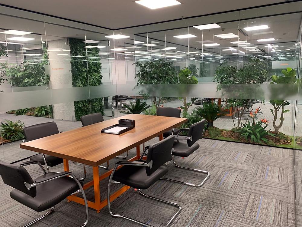 plantas artificiais e naturais para escritórios