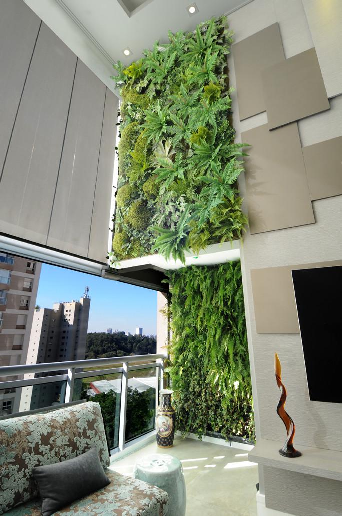 Painel Verde em Apartamento
