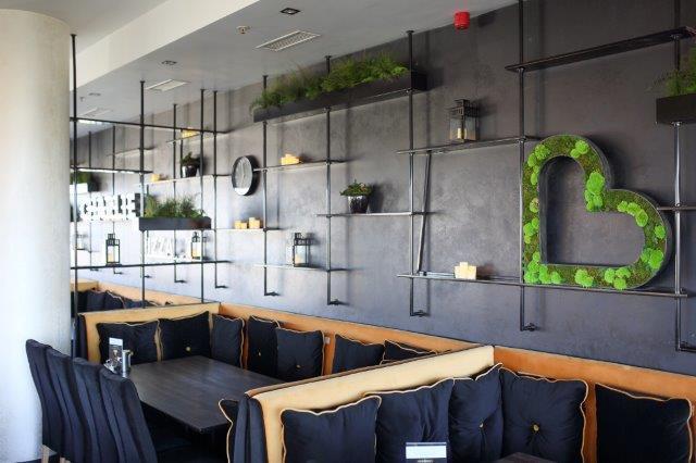 Decoração de Restaurante com Musgo Moss Preservado