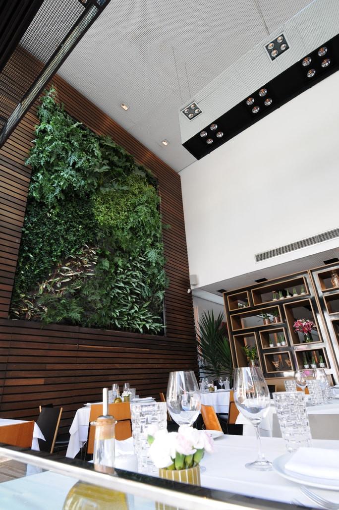 Jardim Vertical Restaurante Zucco