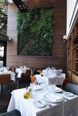 5 - Painel Verde projeto restaurante.jpg