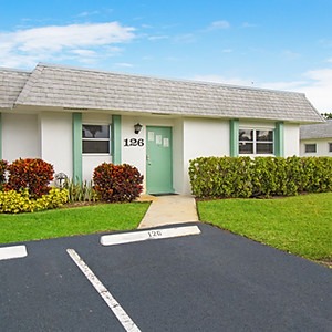 West Palm Beach Modern Unit