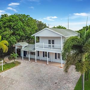 Key West Style Oasis