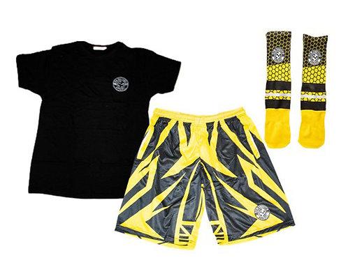 Mens (2) T-Shirt, (2) Shorts & (2) Socks Bundle