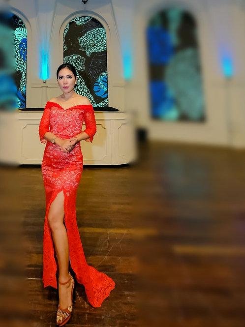 Full moon red dress
