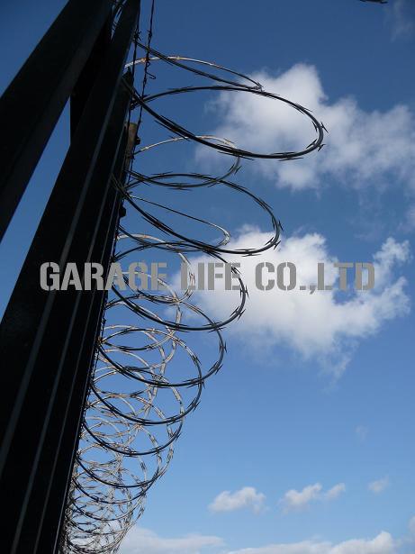 アメリカンフェンス ガレージライフ 世田谷ベース 金網フェンス American fence California