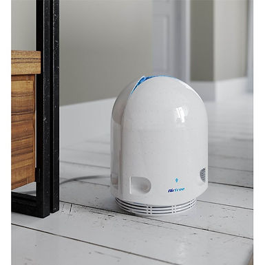 Airfree P incorporate a smooth, dimmer-controlled, blue nightlight.
