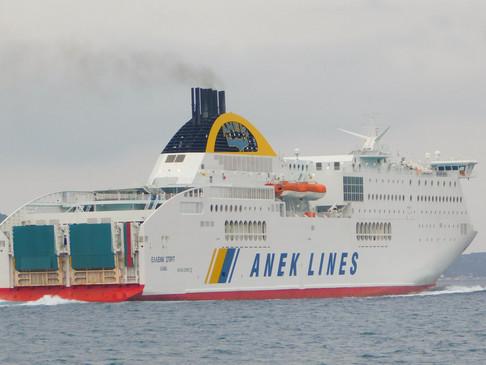 Το Hellenic Spirit σαν σήμερα στο λιμάνι της Σούδας