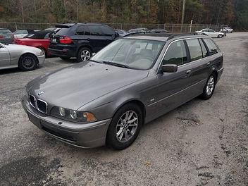 2003 BMW 528IT 2.jpg