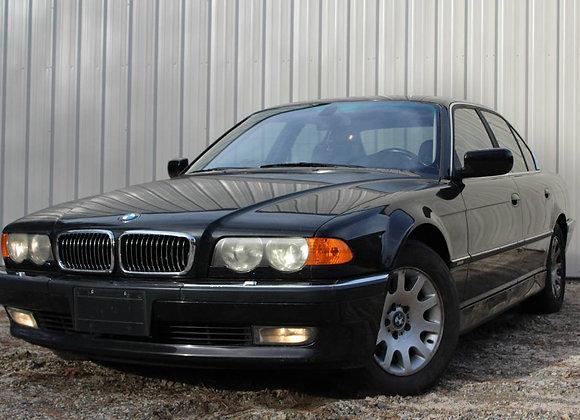 2001 BMW 740I