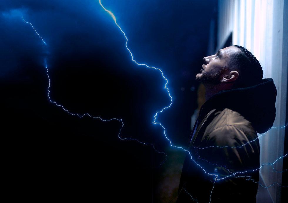 neo_vecci_lightning2.jpg
