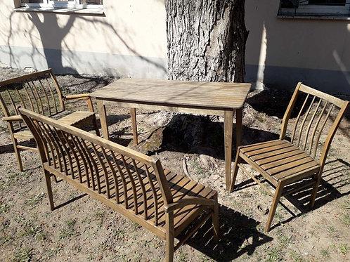"""Набор мебели для терассы """"Elegant"""". Цена 890 рублей."""