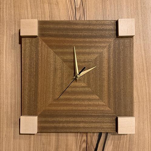 """Часы """"Natural geometry"""". Цена 60 рублей."""