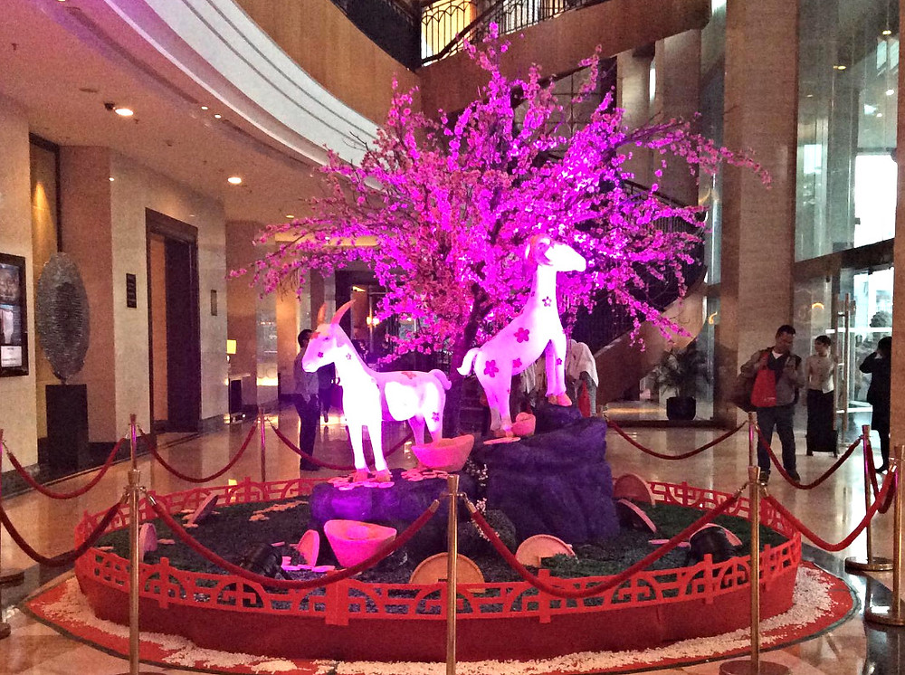 Decorations in JW Marriot Medan's lobby based on the Raffles students' design