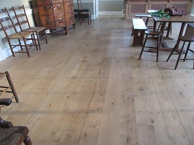solid-english-oak-floor-catspaw.jpg
