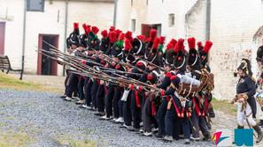 Hougoumont : un spectacle remplace avec succès les traditionnelles reconstitutions de 1815