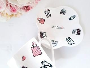 ファッションモチーフのカップ&ソーサー