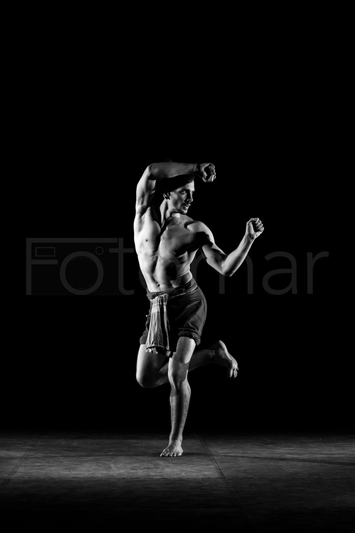 gym.posing.klein-194.jpg