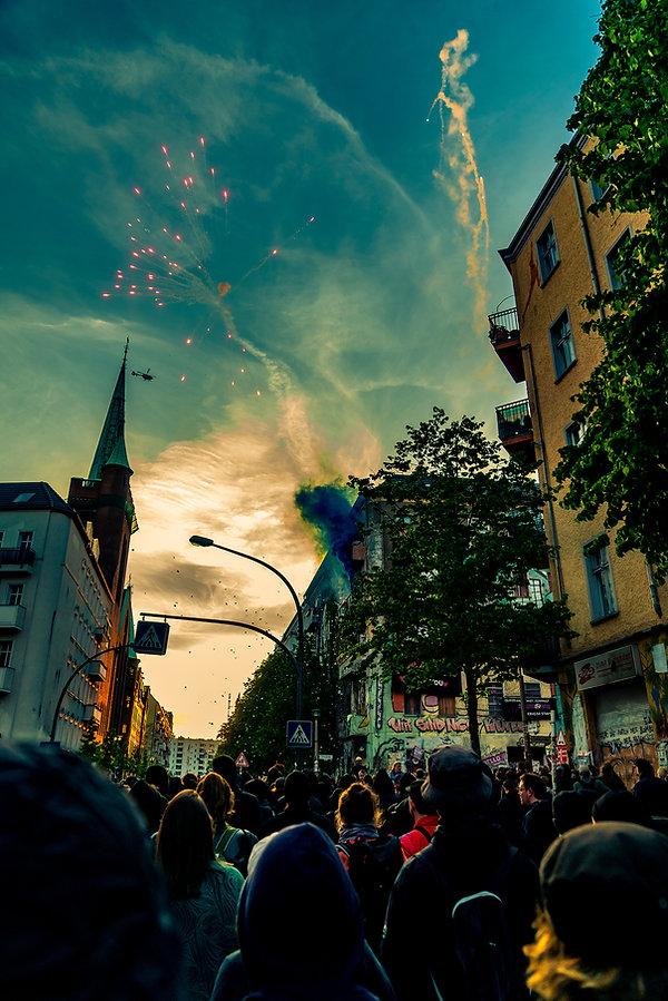 berlin 1.mai umzug.jpg