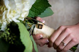 Bank of Flowers Wedding Bouquet Milwaukee   Lanari Photography