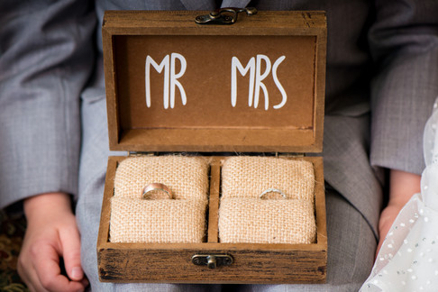 Mr and Mrs Ring Box