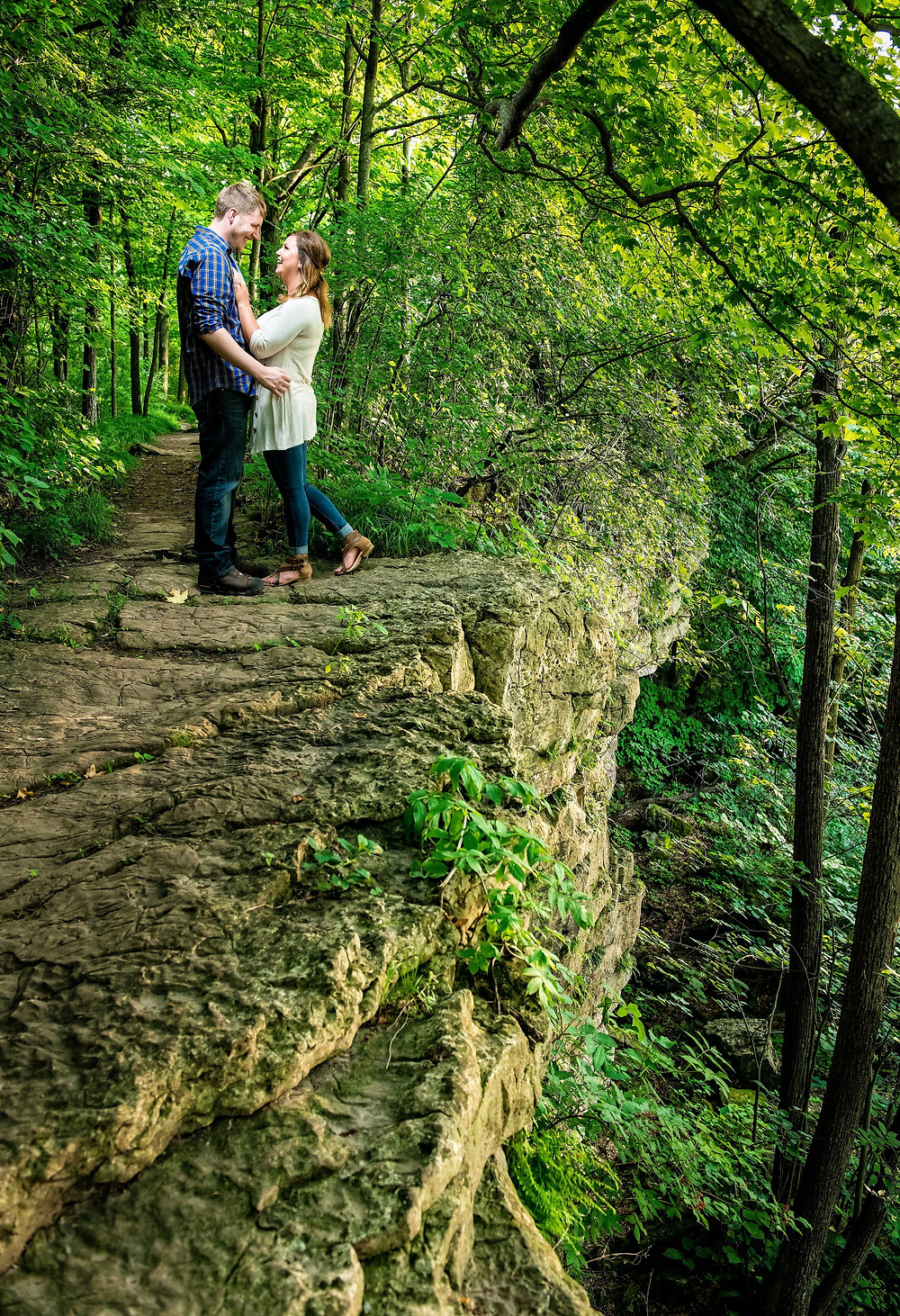 High Cliff Wisconsin Spring Engagement | Lanari Photography
