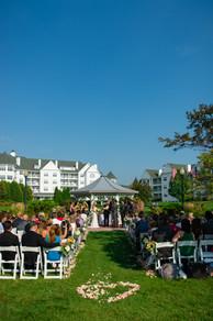 Osthoff Resort Wisconsin Wedding | Lanari Photography