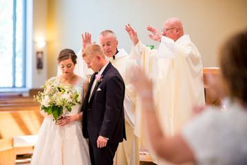 Catholic Wedding Ceremony Green Bay | Lanari Photography