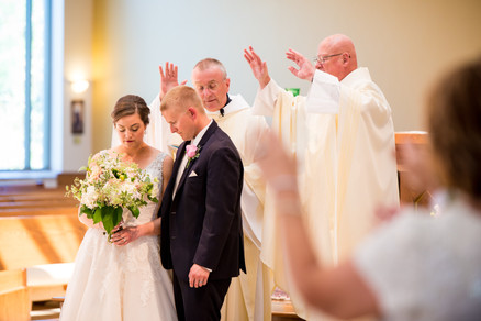 Catholic Wedding Ceremony Green Bay | Lanari Photography
